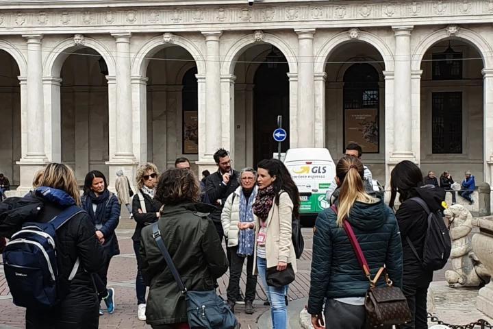 Tour di Piazza Vecchia alla Fontana Contarini, Bergamo